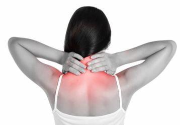 Причины и лечение прострелов в шее: разновидности, способы диагностики и профилактики