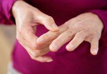Боль в суставах пальцев рук: причины и лечение, что делать если болят суставы пальцев