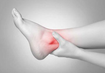 Причины хруста в голеностопном суставе у взрослых и детей, способы устранения