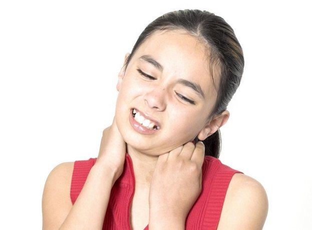 Боль в шее сзади у ребенка