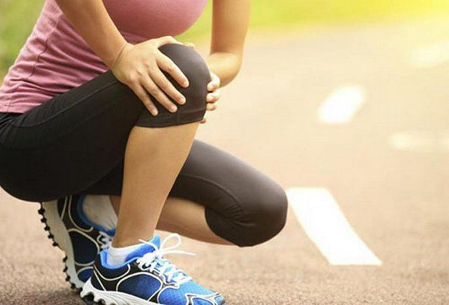 Боли в колене при болезни Кенига