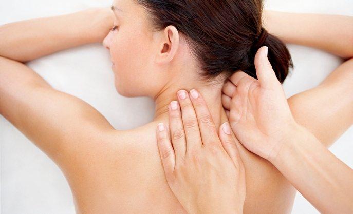 massazh-pri-osteoxondroze-shejnogo-otdela-pozvonochnika