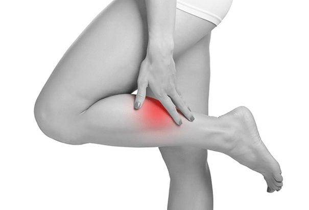 Болит нога ниже колена