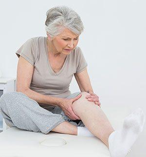 Изображение - Эндопротезирование коленных суставов отзывы и осложнения %D0%B1%D0%BE%D0%BB%D1%8C-%D0%B2-%D0%BA%D0%BE%D0%BB%D0%B5%D0%BD%D0%B5